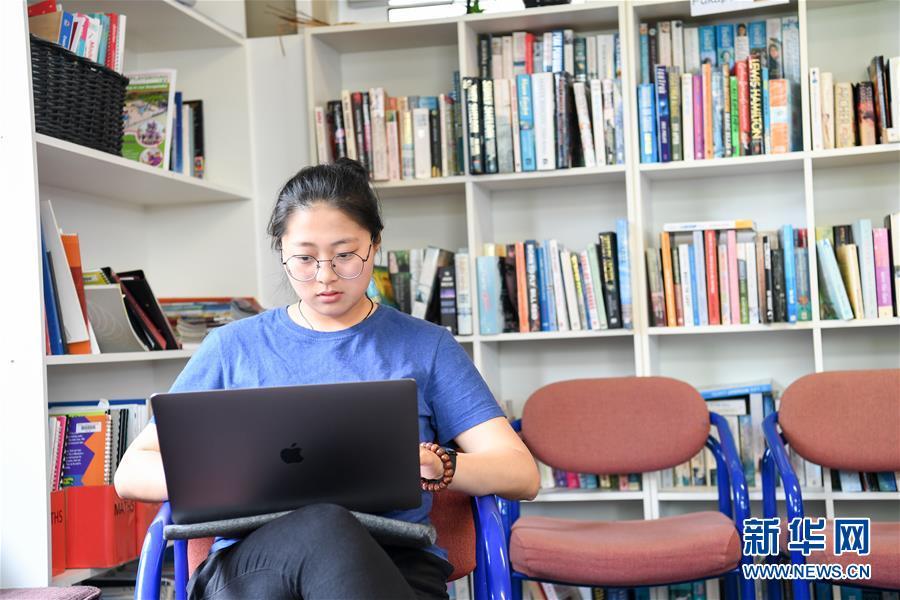 """(国际·图文互动)(3)通讯:""""Kia Ora,都来吧,汉语学习发了芽""""——新西兰罗托鲁阿初级中学中文助教的梦想"""